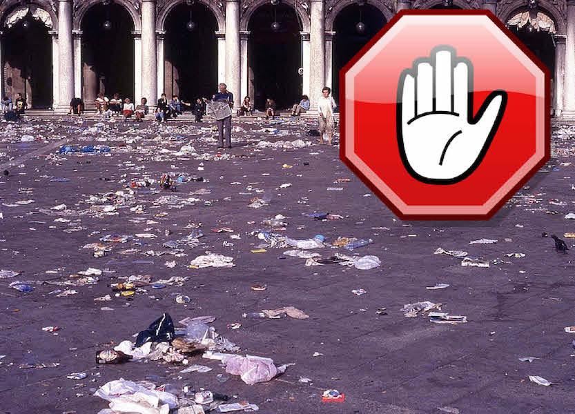Piazza_rifiuti_concerto